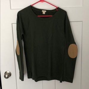 Lightweight sweater with elbow patches